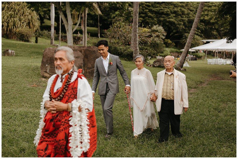 KualoaRanchOahuHawaiiDestinationWedding_DestinationWeddingPhotographer_OnthetimesPhoto_0041.jpg