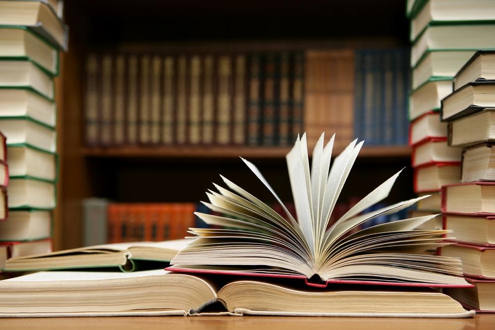 Cópia de books.jpg