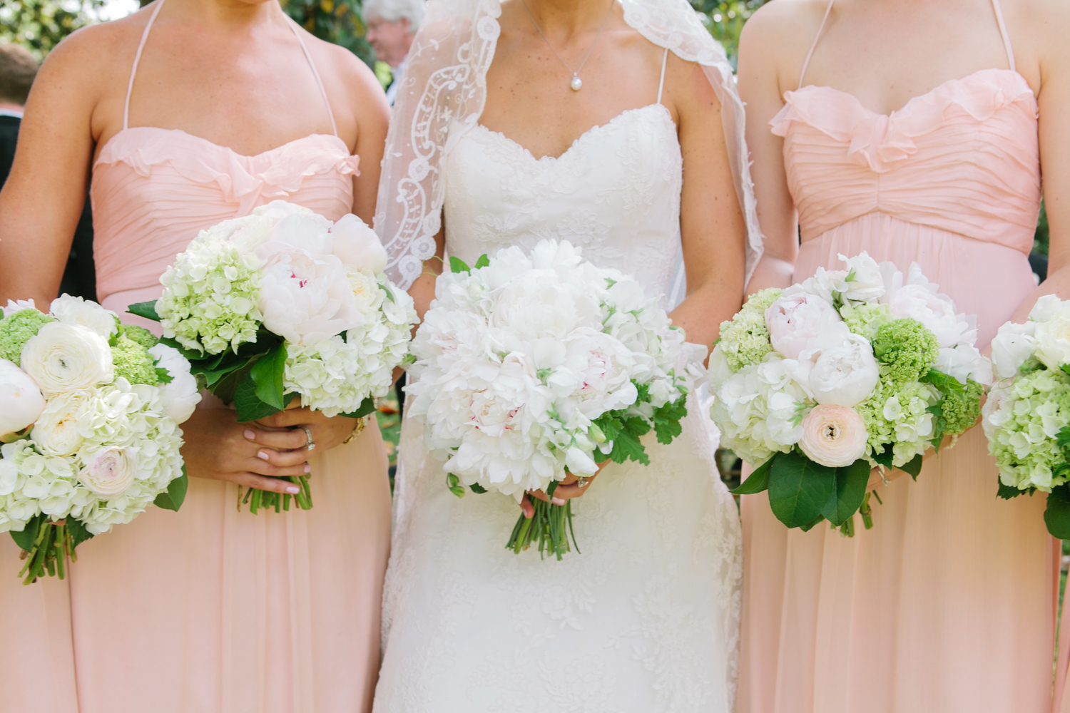 Greg boulus events spring light pink and white bouquets inspiration ombrellifo Image collections
