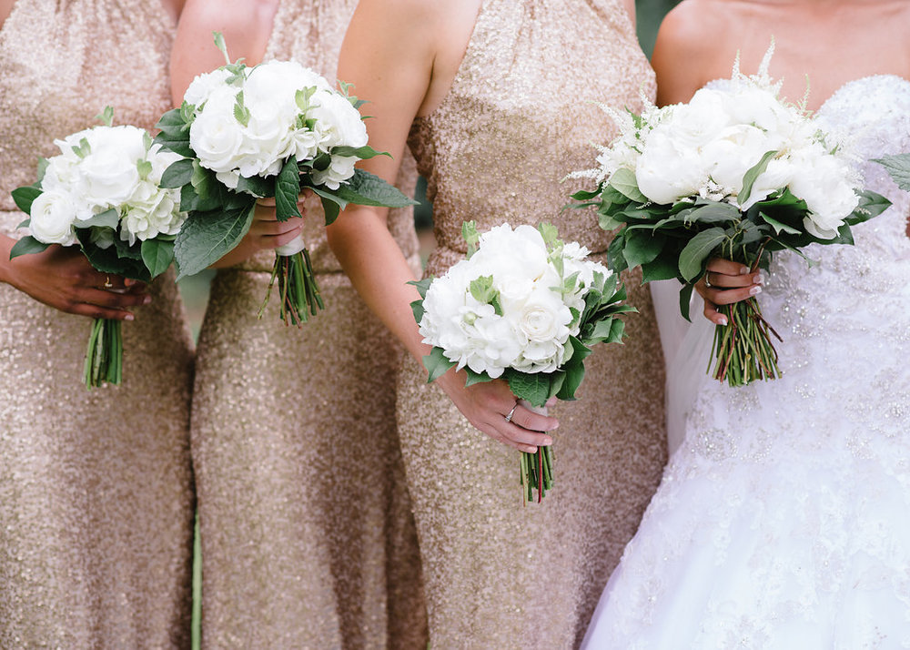 all-white-bride-bridesmaids-bouquets-greg-boulus-events-augusta-georgia