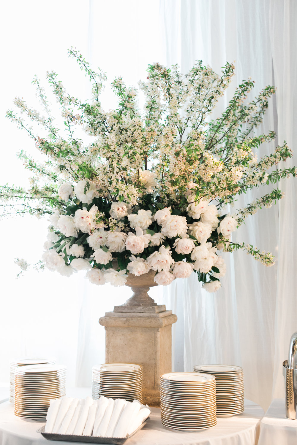arrangement-urn-greg-boulus-events-augusta-georgia