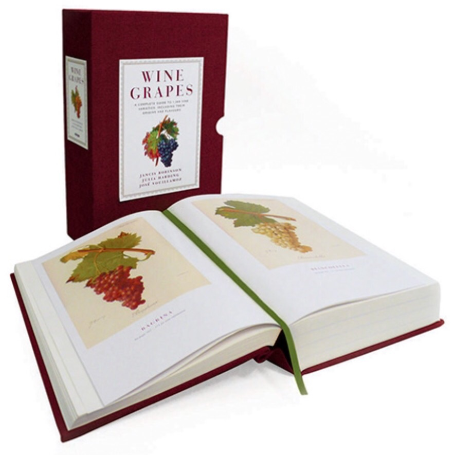WINE GRAPES: A Complete Guide to 1,368 Vine Varities, Including their Orgins and Flavours
