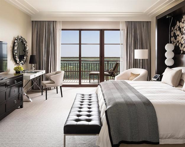 Four Seasons Orlando at Walt Disney World Resort_bedroom.jpg