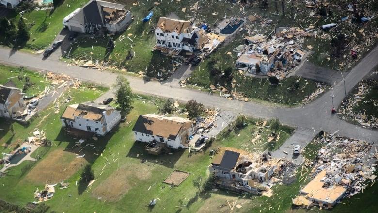tornado-dunrobin-aerial-shot-ottawa.jpg