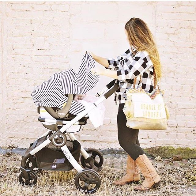We ❤️ that our skim milk car seat cover can make baby Goldie as stylish as her mama! @hellobabygoldie #carseatcover #stripeslover #babygoldie #newbaby #babyshowergifts #handmadebabygifts