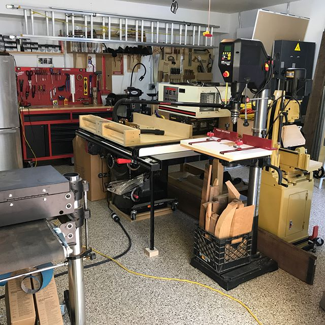 It's been a long time since I've been able to use any of my #tools, but I'm finally moved into the new #shop, and I can get set up!  This time around, I decide to do a few things right from the start.  For one, I got an epoxy finish on the floor, so that I don't have to worry so much about spilling #glue and #finish.  Then I put in a six 220 drops with 20 and 30 amp breakers.  I also got a refrigerator and #daikin #minisplit!  If your gonna call it a #hobby, it might as well be #fun!  Lots of set up left to do, but it's great just being all moved in!  #atlast #woodworking