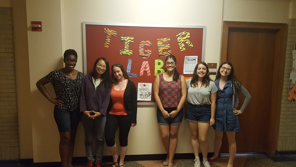 Thanks so much to our 2016 Summer Interns: Salima, Kate, Alison, Veronica, Noam and Lab Manager Shaina!