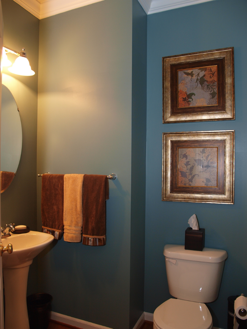 Sherwin Williams SW6221 Moody Blue