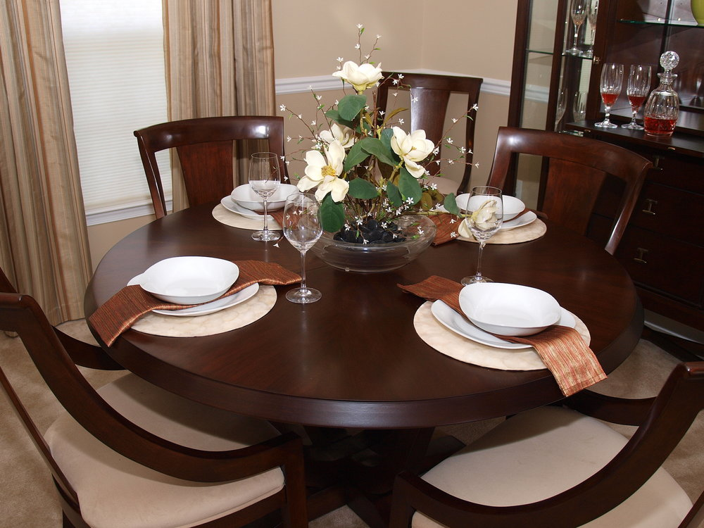 dining-table-setting copy.jpg