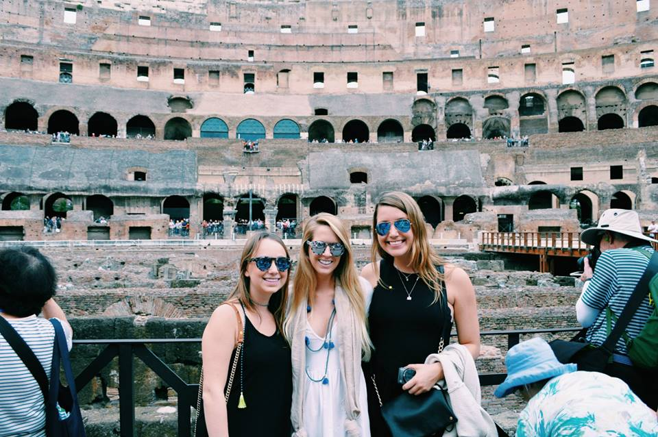 Franky's takes Rome with Mallory!