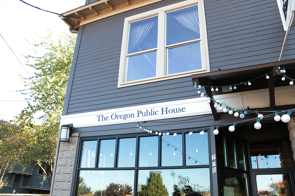 We also visited the Nation's first non-profit brewery, The Oregon Public House.