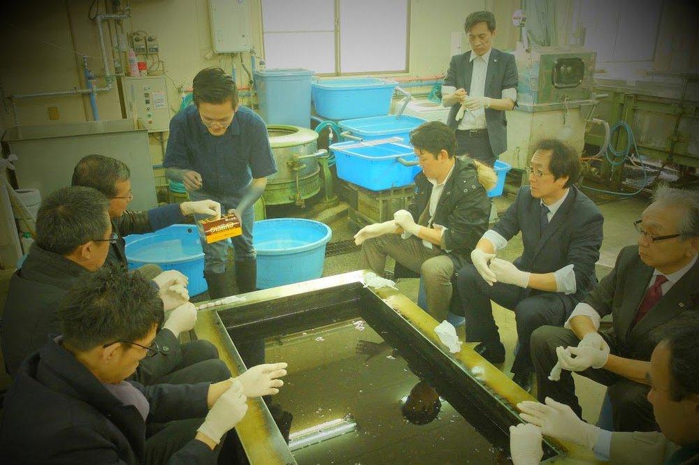 藍染(自然の藍染工場)の京都支店のCEOグループとワークショップ