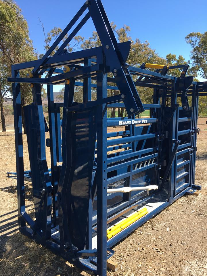 CURRENTLY TWO IN STOCK - 1 x Heavy Duty vet with para-vee head bail1 x Grazier with para-vee head bail