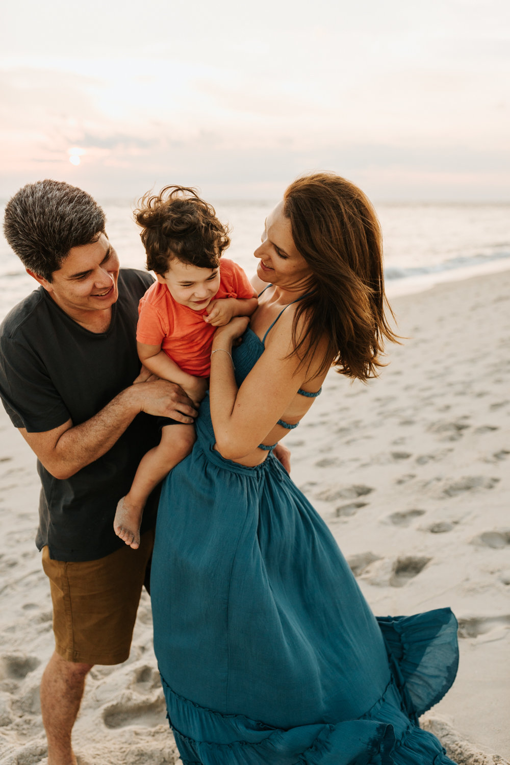 Emotional Family Photos | Emotive Images