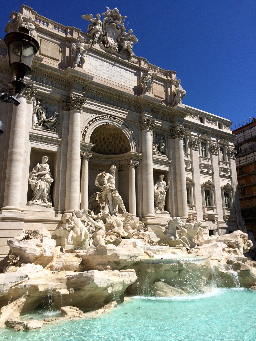 ◆ Trevi Fountain