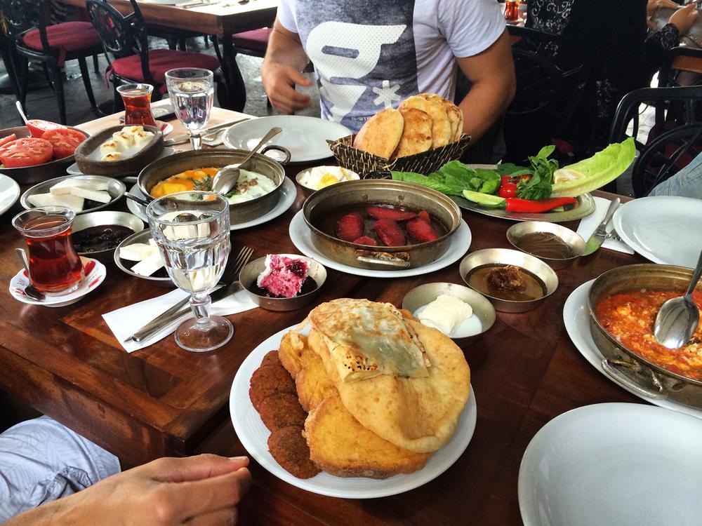 Eating breakfast at LOKMA CAFE.