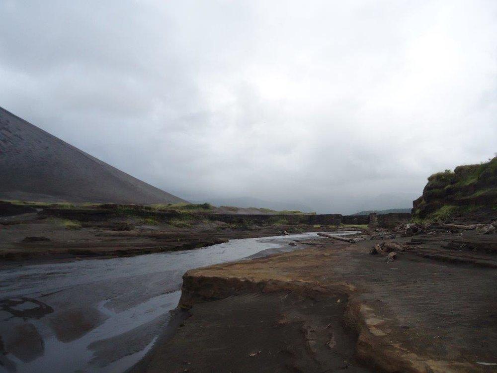 Tanna+river+crossing.jpg