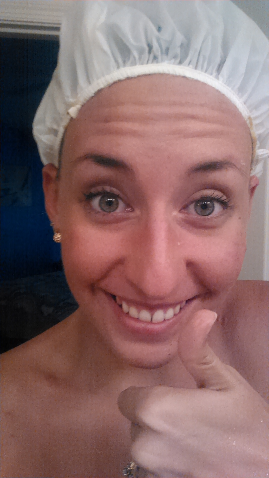 Then came the shower cap! I hopped in the bath for 20 mins before rinsing.