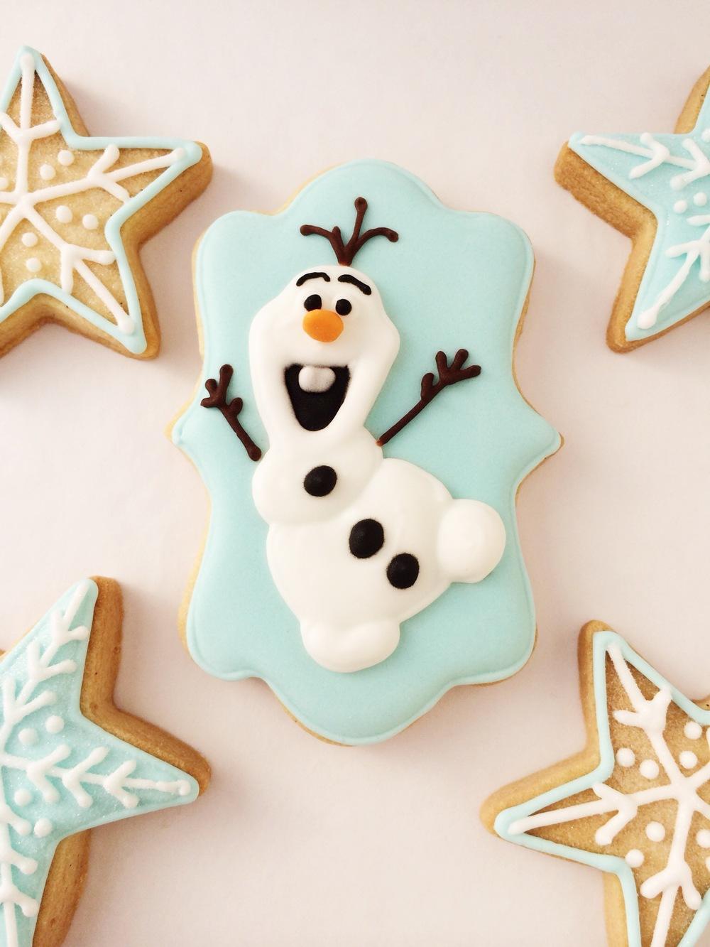 frozen.olaf.biscuit.jpg