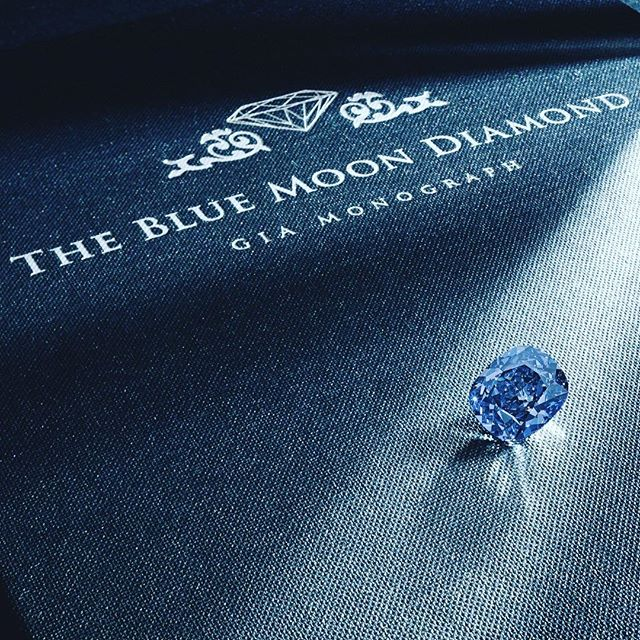 "💎💎💎Now up on the blog: ""The Blue Moon Diamond"", A 12.03 ct Internally flawless, fancy vivid blue diamond to be up for auction at Geneva tomorrow at Sotheby's Magnificent Jewels and Notable Jewels. Estimated Value between $35,586,468 and $55,876,998 USD. 💎💎💎@Sothebys.  Tag someone who deserves this! 😊😉"