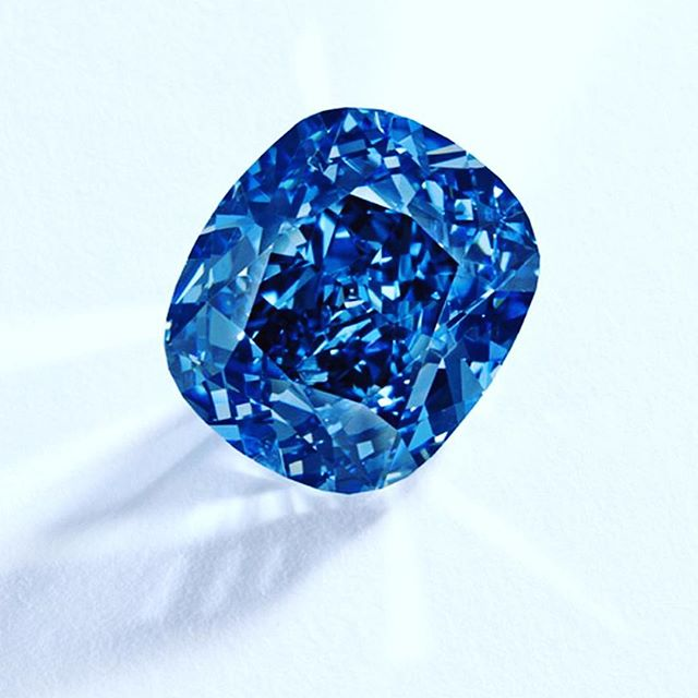 This magnificent gem sold today for a world record price for any diamond sold at auction for $48.5m at Geneva! 12.03 carats internally flawless fancy vivid blue #bluemoondiamond