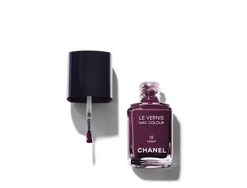Chanel Le Vernis Nail Colour, 18 Vamp