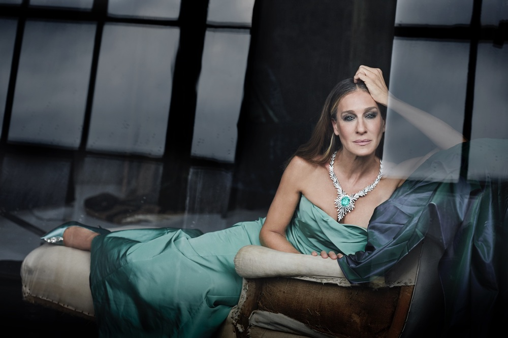 Sarah Jessica Parker wearing the 91 carat Paraiba Tourmaline to be auctioned June 12.