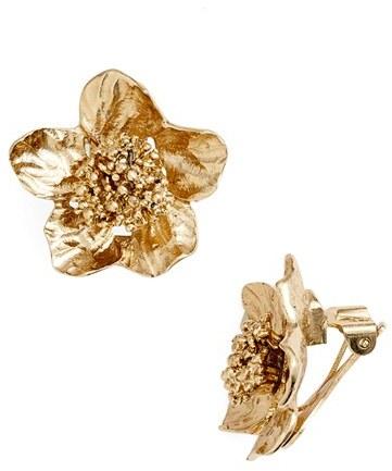 Oscar De La Renta Bold Flower Stud Earrings $165