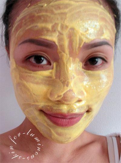 Turmeric-mask-on-me