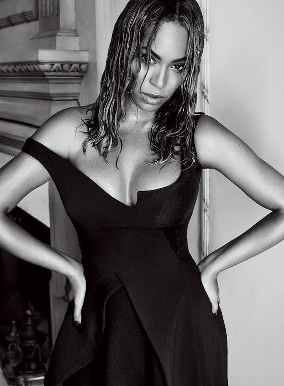 Photo: Vogue/Mario Testino