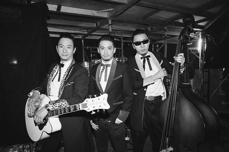 The Boogie Playboys Taken minutes before they got on stage.