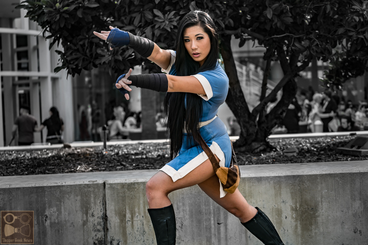 Cosplayer Rian Synnth as Katara from Avatar the Last Airbender