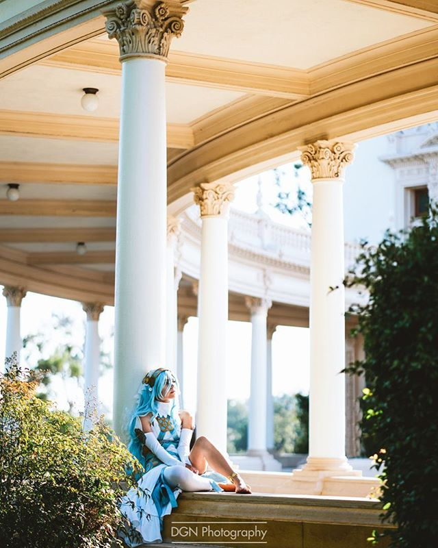 | Azura |  A fast little preview of a recent shoot in San Diego. I've loved the Fire Emblem series for a long time and this has reignited my need to play more. ____ Cosplayer | @catamancycosplay Camera | Sony A7RII @sonyalpha Lens | 85mm f/1.8 Software | Adobe Lightroom ____ Azura is a gifted songstress and dancer who can perform the song Lost in Thoughts All Alone. This song has great power when used in conjunction with her pendant, allowing her to perform miraculous feats at the cost of some harm to her body. If she achieves an S-Support, she will have a son named Shigure and can potentially be the mother of other children except male Kana. Her birthday is March 3. ____ #fireemblem #azura #azuracosplay #nintendo #nintendouk #cosplay #cosplayer #cosplayers #cosplaygirl #girlswhocosplay #gaming #anime #animeexpo #dragoncon #ccxp #supanova #fanexpo #lamole #lamolecomiccon #nintendoindonesia #nintendoMéxico
