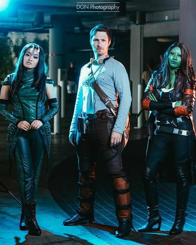 | The Guardians of the Galaxy | I need to start using my fourth speedlight in order to accommodate group shoots to achieve more even lighting. I can get away with it somewhat by making small adjustments in post , but it's not the same. Only downside is the amount of space I need in order to have a four light setup and the number of light stands.  ___ Cosplayers | @the_son_of_yondu @lily_liqueur @disneycutiepie  Camera | Sony A7RII Lens | 85mm f/1.8 Lights | Yongnuo 560 MK IV's Software | Adobe Lightroom ____ #guardiansofthegalaxy #chrispratt #starlord #starlordcosplay #gamora #mantis #mantiscosplay #peterquill #avengers #marvel #lbcc #dragoncon #pax #lamole #lamolecomiccon #supanova #londoncomiccon #cosplay #cosplaying #cosplayers