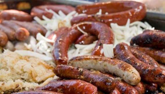 Bratwurst pic grill Char.onions.jpg