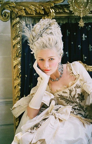 MarieAntoinette-Movie-4.jpg