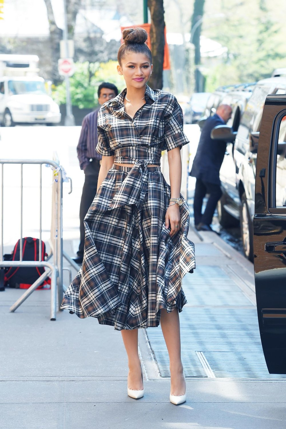 zendaya-coleman-arrives-at-the-view-in-new-york-04-22-2015_2.jpg
