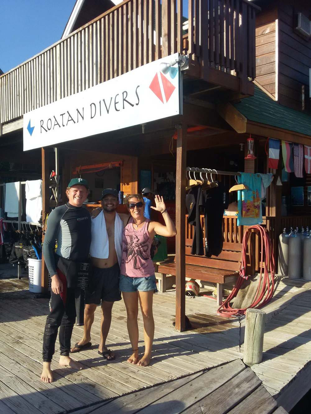 Tanvir completed his PADI Advanced Open Water Diver course with Roatan Divers