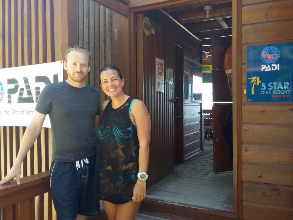 PADI Open Water e-Learning Roatan Divers
