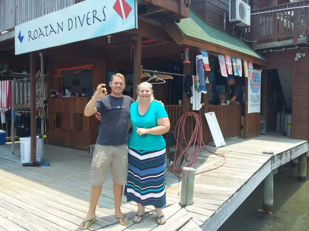 PADI Digital Underwater Photography Roatan Divers
