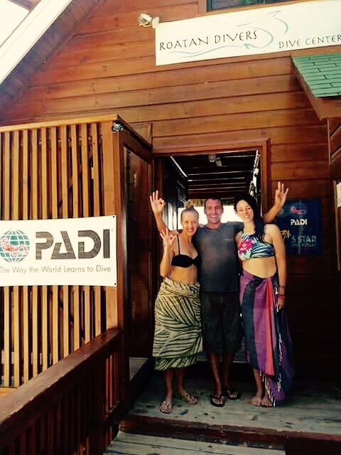 Open Water Diving Roatan Divers
