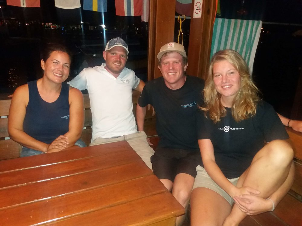 PADI Divemaster training Roatan Divers