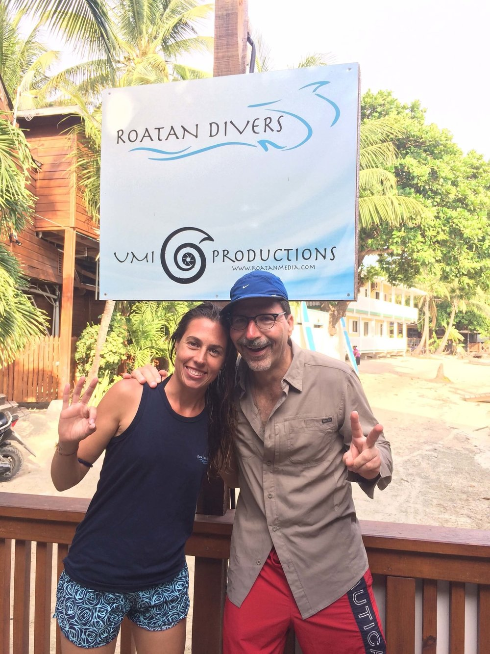 roatan divers open water