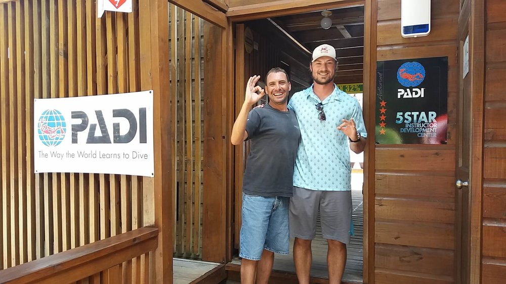 PADI Rescue Diver course Roatan Honduras