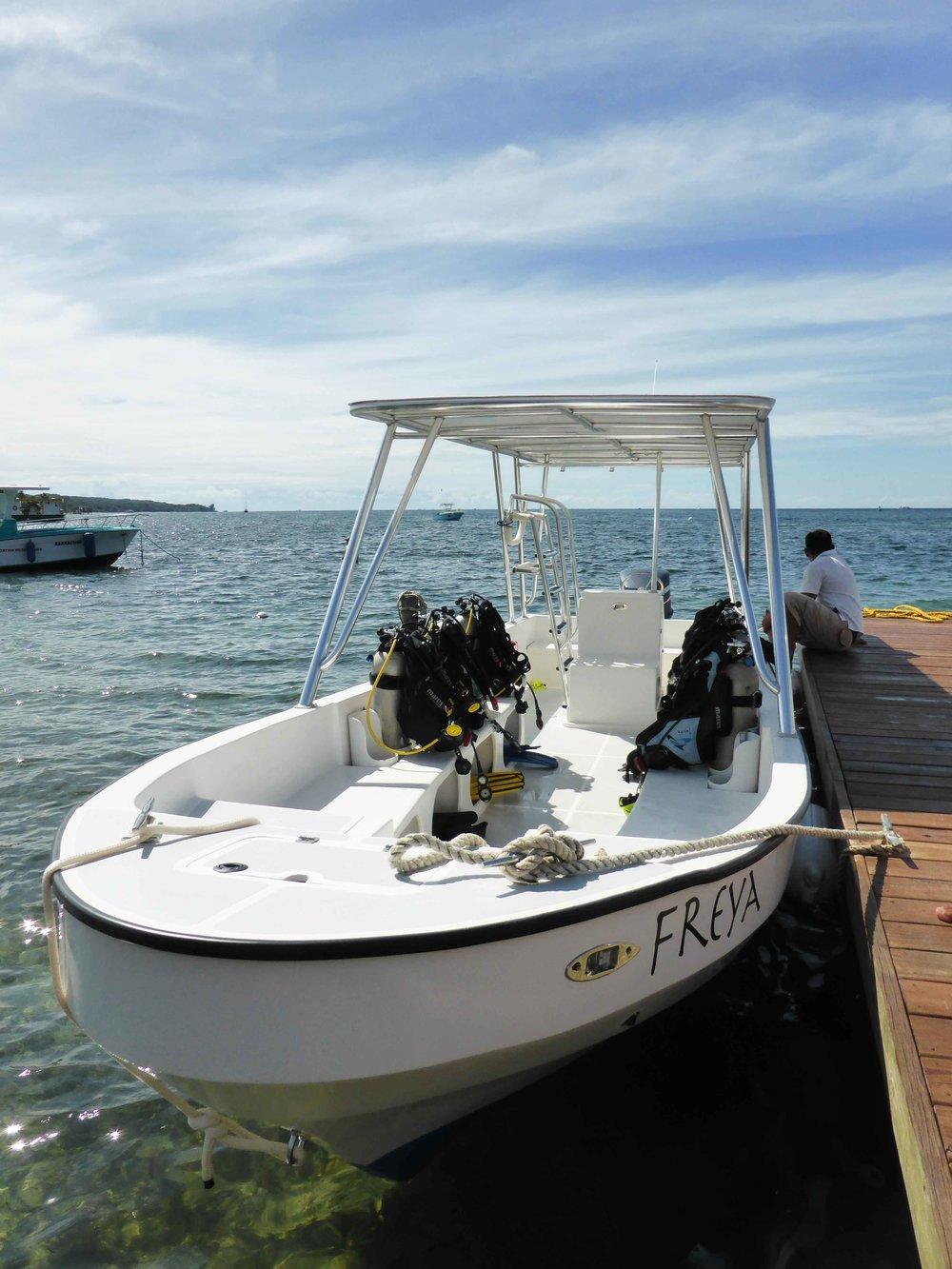 Roatan Divers Boat Freya