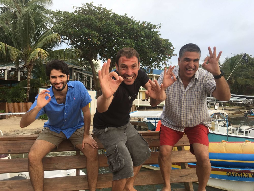 Oscar and Julio became Open Water Divers with Roatan Divers!