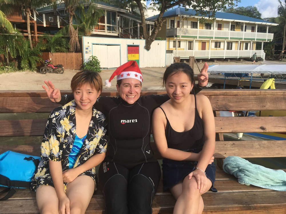 Yu and Tianlan became Open Water Divers!