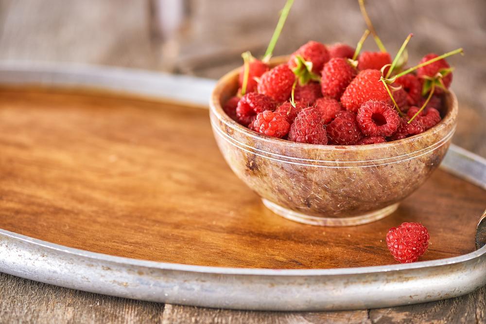 maliny, marmur, miseczka, świeże, owoce, raspberries, fresh, healthy, clean eat, tasty,instagood, fruits, foodphotography, foodstyling, ORGAZMUM, fotografia kulinarna, jak zrobić1.jpg