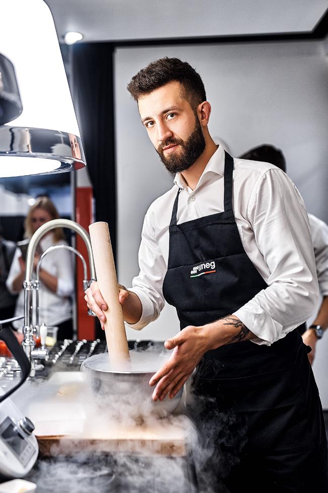 Łukasz Kawaller,portrait, WORKS, WROCŁAW, chef, REPORTAGE, instagram, great, picture, photographer, Justyna Pankowska, model, lifestyle, MAGIC, man, handsome, liquid nitrogen, tasty, product