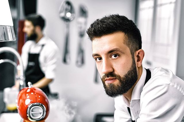 Reportage Photo: @justyna_pankowska Chef @lukasz_kawaller_chef for @werkmebel and @smeg_polska in @domargaleriawnetrz  #wrocław #wroclaw #cooking #chef #smeg #photo #retoucher #portrait #werkmebel #lukaszkawaller #studiomeksyk #fotograf #wnętrza #design